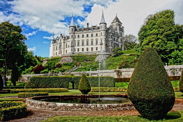 Ooit over gedacht om een kasteel te kopen?